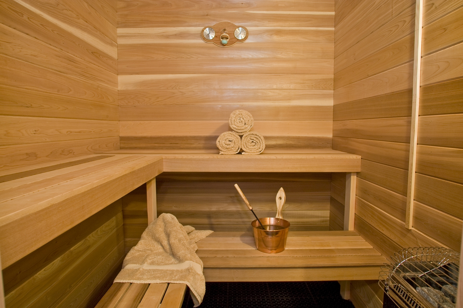 sauna the homesource. Black Bedroom Furniture Sets. Home Design Ideas