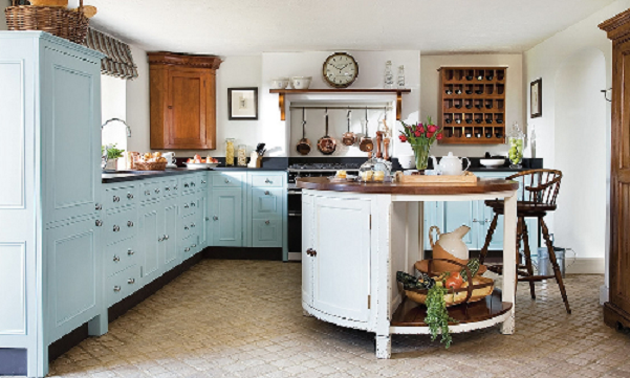 Sprucing up Your Kitchen for the Summer: New Styles and Décor for Summer 2013