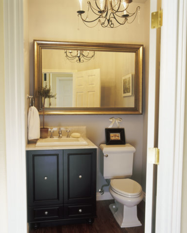 10 Tips To Make A Small Bathroom Look Bigger