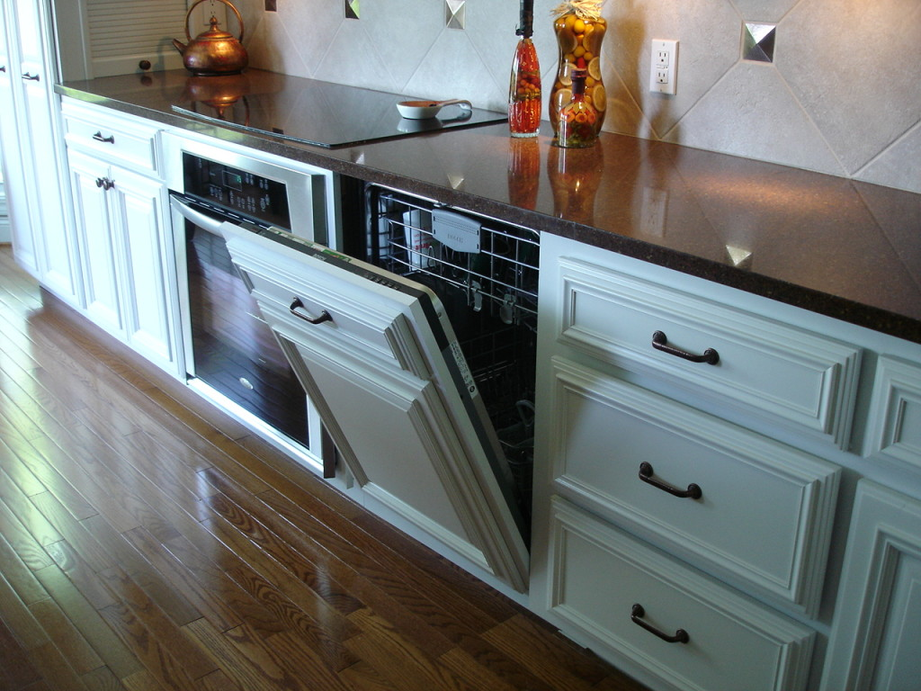 Dishwasher Buyer\'s Guide: Built-in or Portable - How Do I Choose?