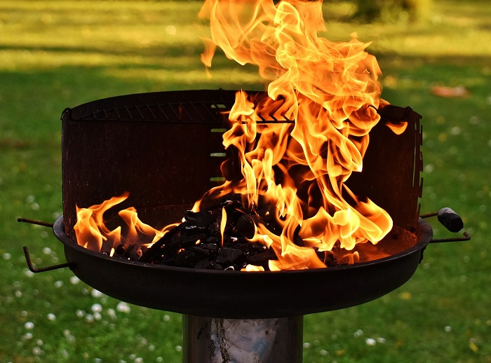 eight Suggestions for Secure Summer time Grilling – HomeAdvisor