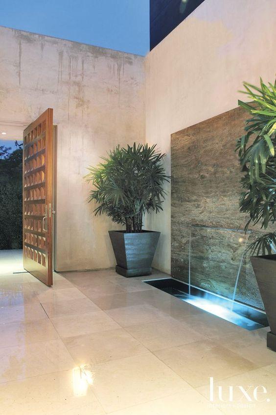Image via LUXE Interiors + Design